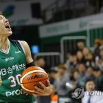 프로농구 DB 초반 돌풍…삼성 꺾고 파죽의 개막 3연승