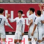 '김신욱 4경기 연속골' 신태용호, 라트비아에 1-0 승리