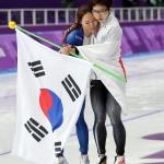 '아시아의 힘과 우정' 보여준 이상화·고다이라