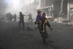 시리아군 무차별 공습