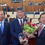 재적의원 44명 중 9명 사퇴… 선거운동 본격 채비