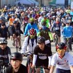 봄날 은륜물결 도 대표 자전거대회 자리매김
