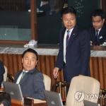 염동열·홍문종 체포동의안 본회의 부결…방탄국회 논란