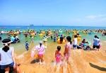 물과 모래가 만든  여름낙원  그리고  바다향기로  비경
