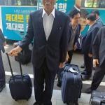 """최문순 지사 """"수행 없어 더 편해"""""""