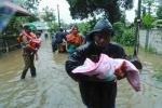인도 케랄라 폭우 피해, 최소 75명 사망