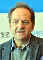 """""""평화 바람 타고 남북 영화교류 이어지길"""""""