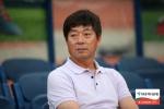 김병수 강원FC 감독, 지휘봉 3년 더 잡는다