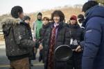 평화로운 시골가족 앞에 '신개념 좀비'가 나타났다