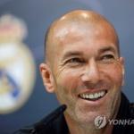 지단, 9개월 만에 레알 마드리드 사령탑 복귀…2022년 6월까지