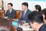"""김관영 """"패스트트랙 당론 모으는 절차 의무사항은 아냐"""""""