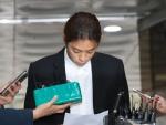 """'성관계 몰카' 정준영 영장심사…""""처분 따르겠다"""" 눈물"""