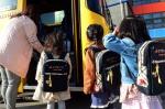 하차확인 장치 가방 멘 어린이들