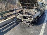 영동고속도로 승용차 화재…인명피해는 없어