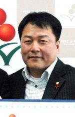 조양초교 총동창회장 신춘구 대표
