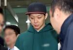 박유천, 세번째 경찰 출석…질문엔 '묵묵부답'