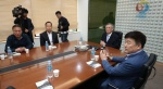 KBO '욕설 논란' 김태형 두산 감독에 벌금 200만원