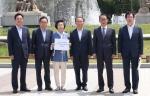 한국당, 靑 항의 방문해 '서훈·양정철 회동' 감찰 요구