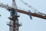 타워크레인 2천500대 '고공서 멈춰'…빌딩·아파트 공사 차질