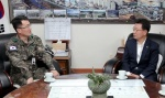양구군수·21사단장 군부대현안 논의