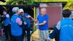 홍천 봉사단체 이웃 연탄 배달