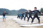 서핑 성지 양양… 공무원이 먼저 배운다