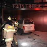 일본대사관 건물 앞 차에서 불…70대 온몸 화상