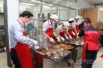 삼척시의원들,점심 배식봉사 활동 펼쳐
