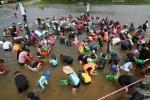 철원화강다슬기축제 수상체험 인산인해