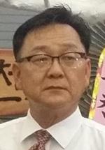 [새의자] 이병기  홍천 중앙시장 상인회장