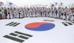 독도 바라보며 '대한민국 만세!'