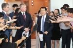 """美국무부, 리용호 담화에 """"北연락오는대로 협상"""" 재확인"""