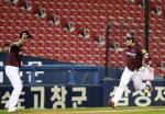 박병호의 몰아치기 홈런…페르난데스의 몰아치기 멀티 히트