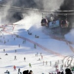 벌써 겨울 시즌 채비…강원지역 스키장 시즌권 판매 돌입