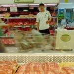 돼지열병 불안 돼지고기 할인에도 소·닭고기 선호