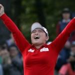'부상 투혼' 장하나, 2년 만에 LPGA 제패…BMW 챔피언십 우승