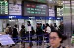 철도파업 사흘째…주요 역 주말 열차 매진에 표 구하기 전쟁