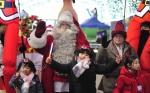 '원조산타' 산천어축제서 화천어린이 재회