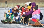 산천어축제 즐기는 외국인들