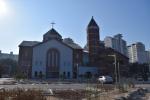 할머니 금반지로, 탈북부부 생활비로 올린 새 성당