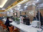 화천군청 민원창구 코로나19 예방 가림막 설치
